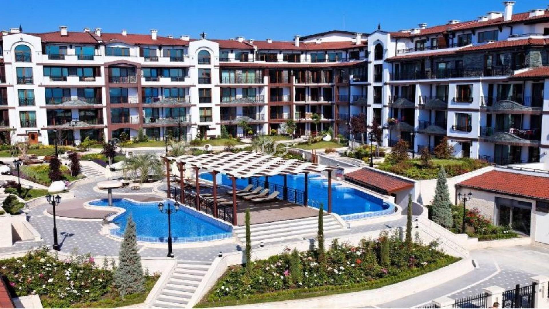 Tристаен апартамент Поморие 120 m2