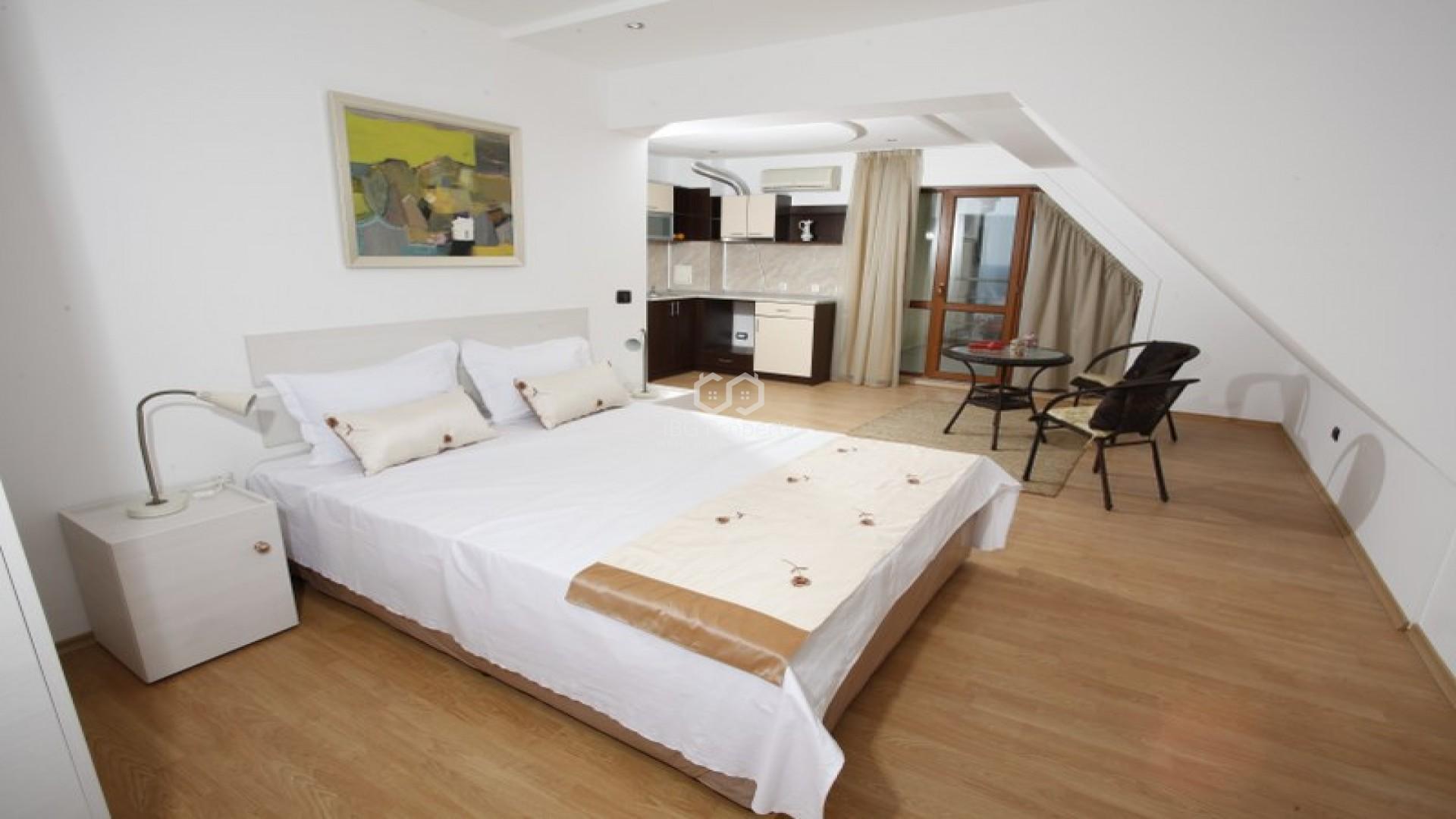 Двустаен апартамент Бяла  86 m2