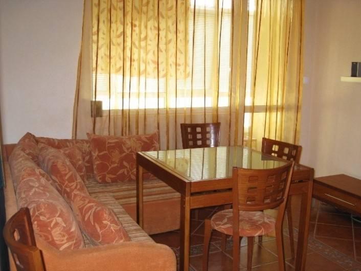 Tристаен апартамент Гръцка Махала Варна  91 m2