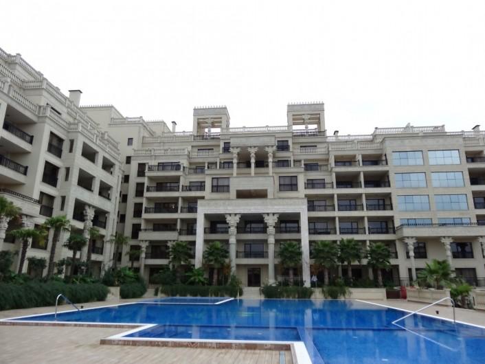 Двустаен апартамент Златни пясъци 80 m2