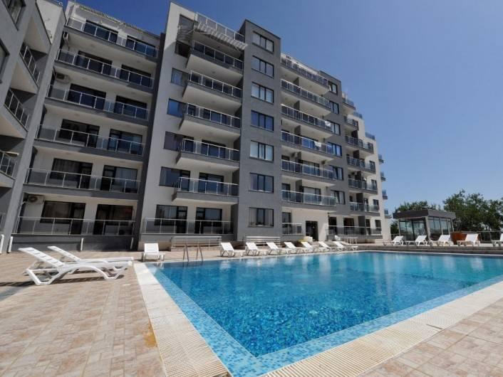 Eдностаен апартамент Златни пясъци 61 m2
