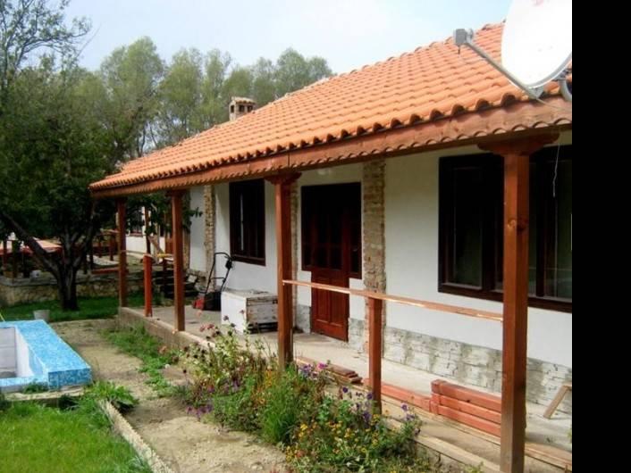 Къща Левски 150 m2