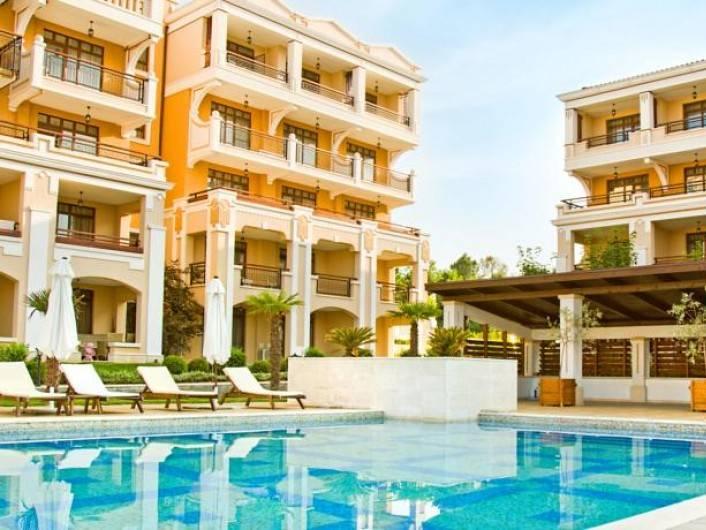 Tристаен апартамент Созопол  71900 m2