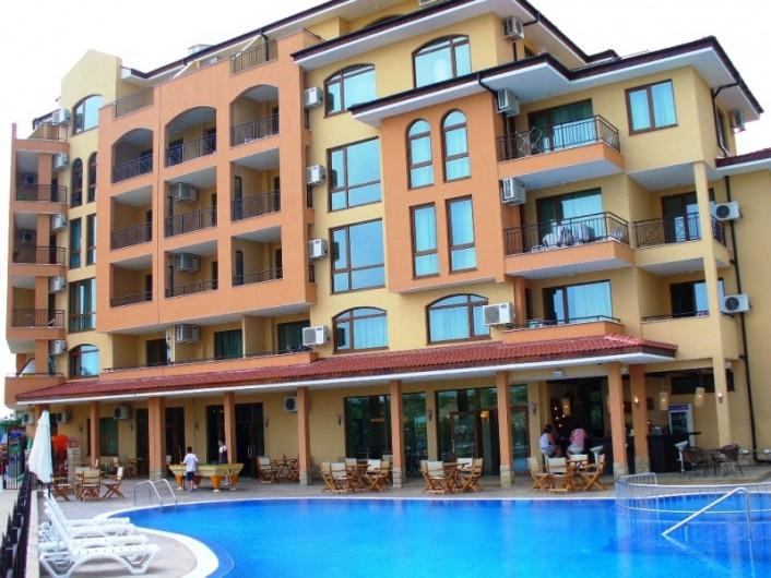 Двустаен апартамент Слънчев Бряг 61 m2
