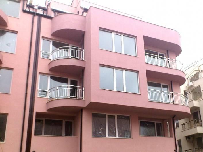 Двустаен апартамент Бриз Варна  83 m2