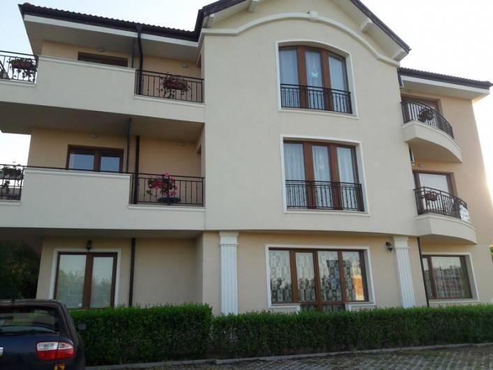Двустаен апартамент Бяла 69 m2