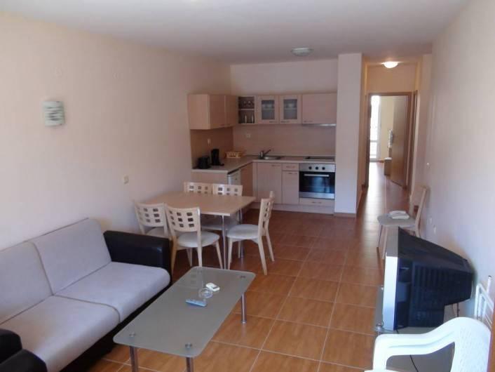 Tристаен апартамент Свети Влас  98 m2