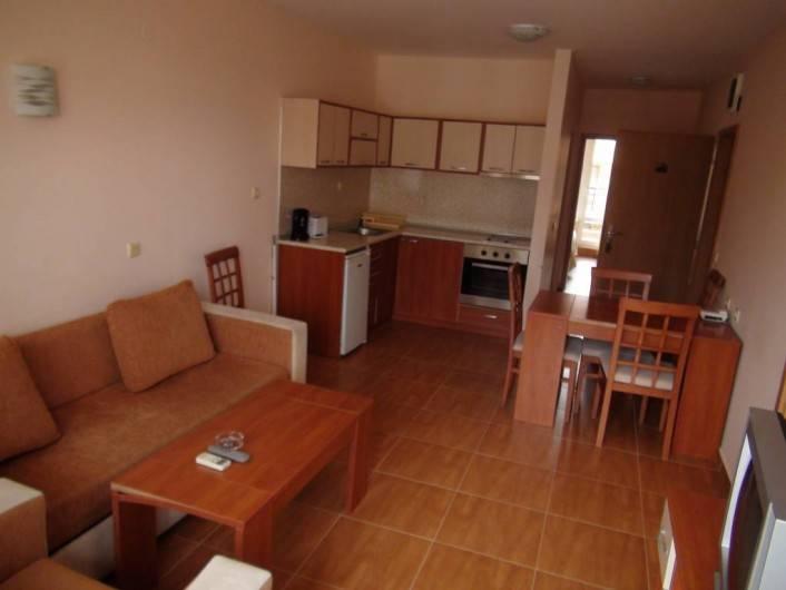 Tристаен апартамент Свети Влас  99 m2