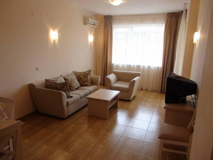 Tристаен апартамент Свети Влас  123 m2