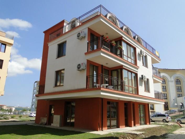 Двустаен апартамент Обзор 49 m2