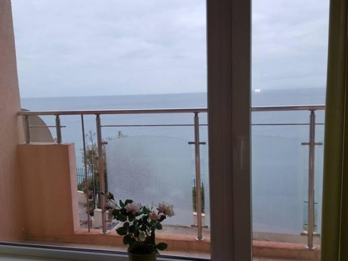 Многостаен апартамент Свети Влас   90 m2