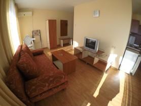 Двустаен апартамент Слънчев Бряг 85 m2