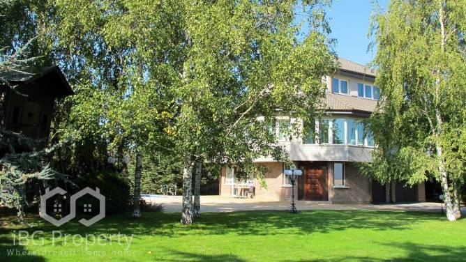 Къща Приселци 550 m2