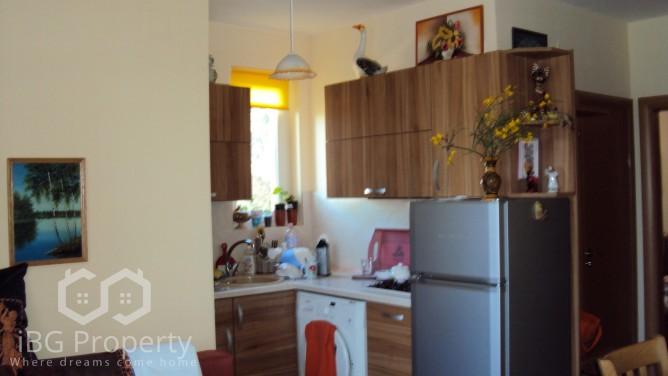 Двустаен апартамент Златни пясъци 49 m2