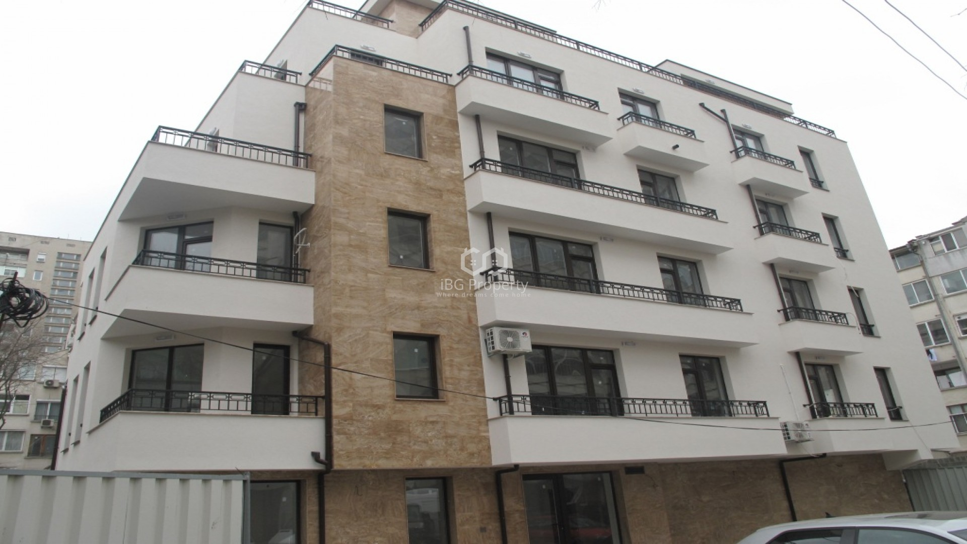 Tристаен апартамент Център Бургас  107 m2