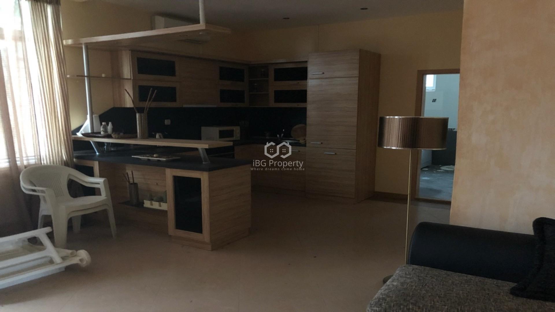 Двустаен апартамент Златни пясъци 82 m2
