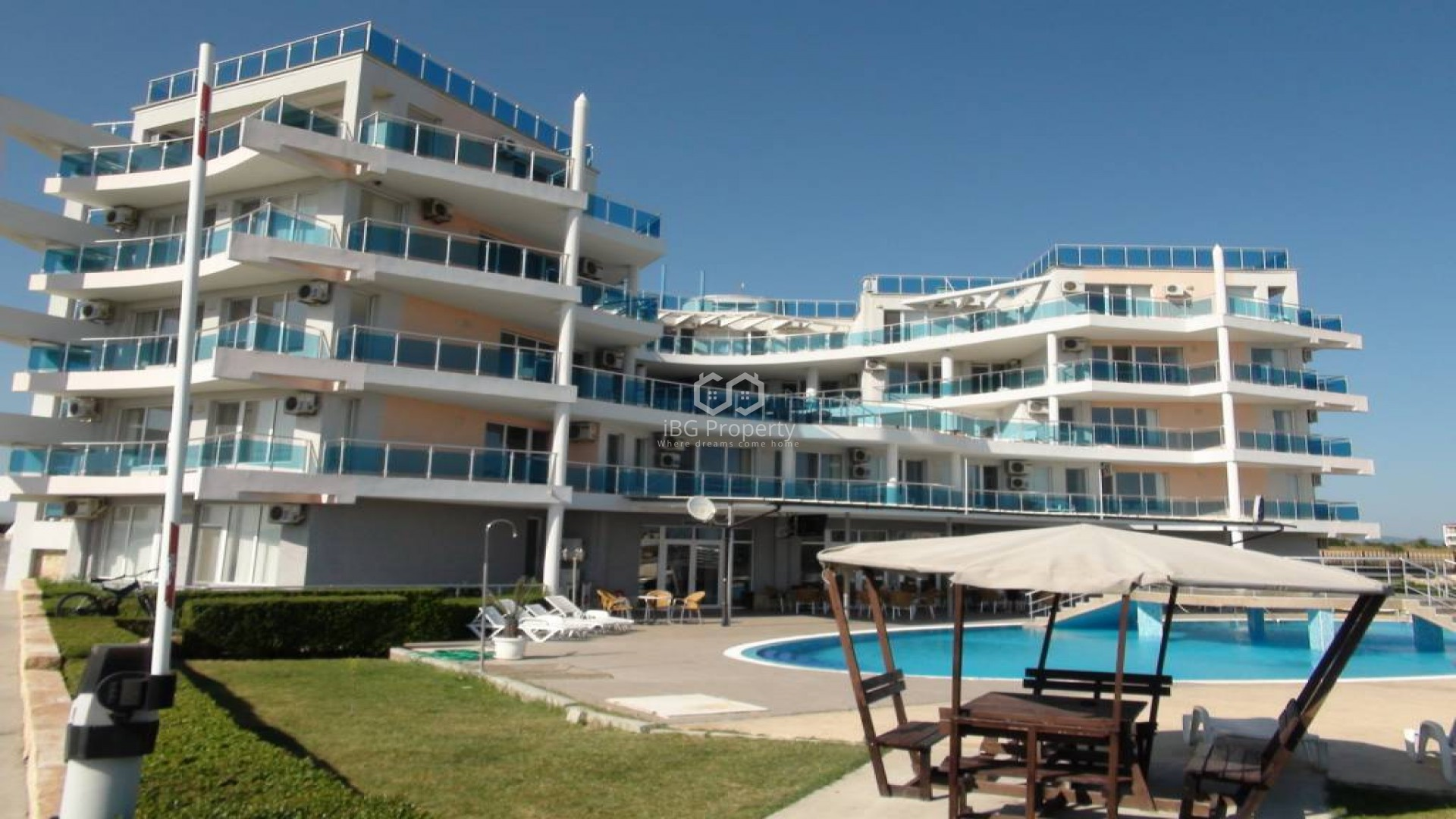 Двустаен апартамент Ахелой 66 m2