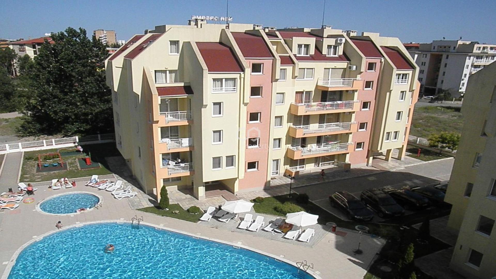 Двустаен апартамент Слънчев Бряг 57 m2