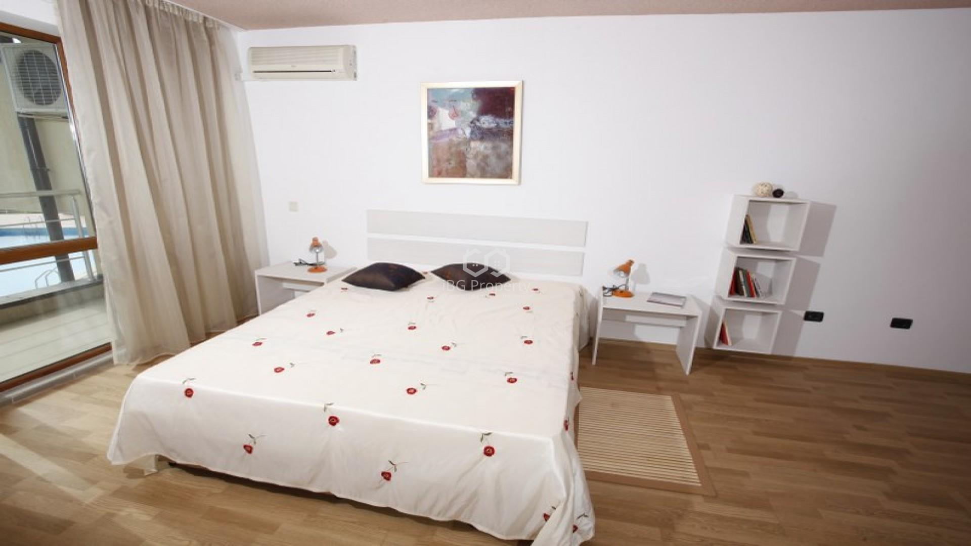 ЕКСКЛУЗИВНА ОФЕРТА! Двустаен апартамент Бяла  72 m2