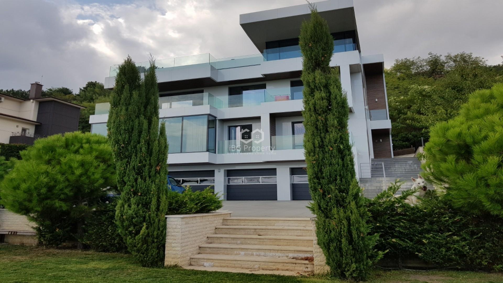 Къща Варна 700м2