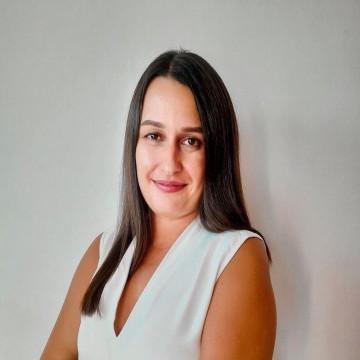 Олга Агарунова